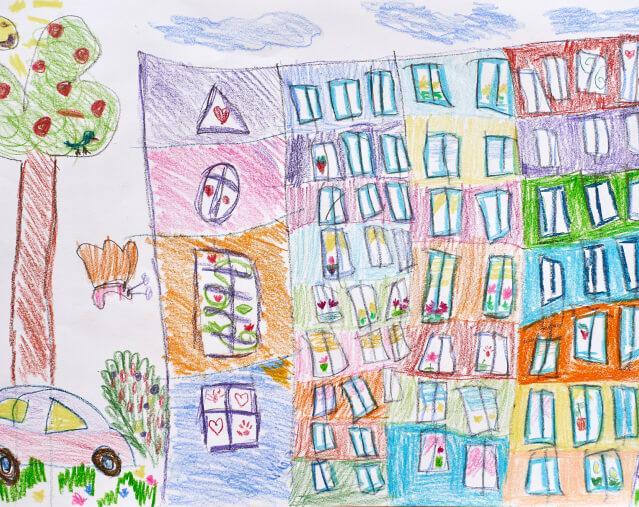 - В цветном доме жить веселее!